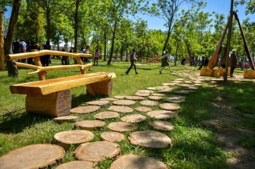 В Бишкеке появился первый этносквер