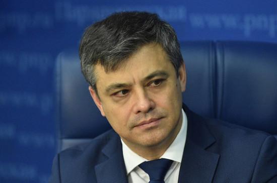 Морозов отметил значение законопроекта о посещении реанимации родственниками