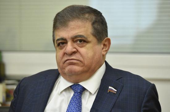Джабаров назвал ожидаемым и правильным решение Зеленского распустить Раду