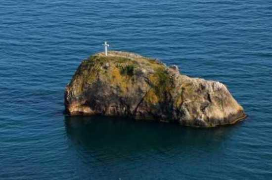 Новый крест на скале возле мыса Фиолент сделают из белого мрамора