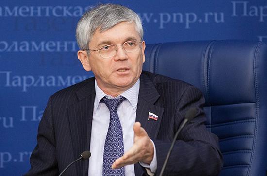 В Госдуме предложили вернуть надбавки за вредные условия труда отдельным категориям медработников
