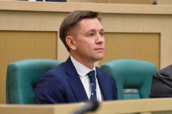 Главу Минсвязи пригласят выступить на «правчасе» в Совете Федерации