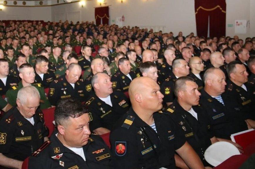В Южном военном округе назвали введение должности главного сержанта экспериментом