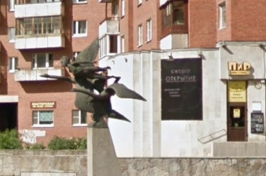 В Петербурге начали ремонт фонтана «Мальчик и гуси»