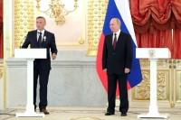 Путин назвал многодетных родителей главными людьми в стране