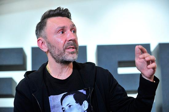 Шнуров предложил отменить процедуру выдачи прокатных удостоверений на фильмы