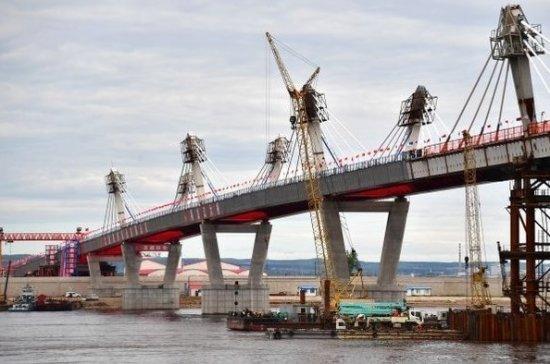 Мост через Амур расширит возможности торговли и туризма между Россией и Китаем, считает эксперт