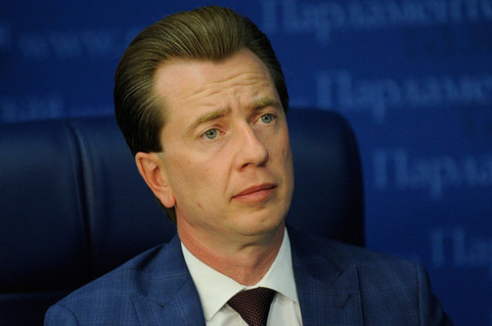 Бурматов назвал экскурсии в «китовую тюрьму» верхом цинизма