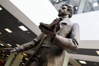 В аэропорту Шереметьево открыли памятник Пушкину