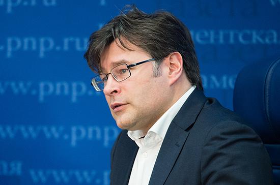 Мухин рассказал о неестественном характере отношений России и Великобритании