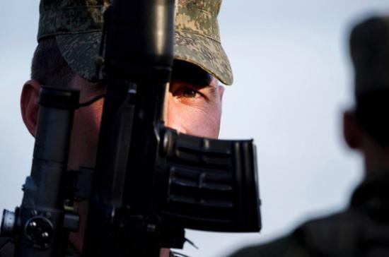 Иностранцы смогут служить по контракту в российской армии только один раз