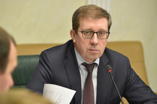Майоров рассказал о значении законопроекта об упрощении аренды земли для рыбоводов