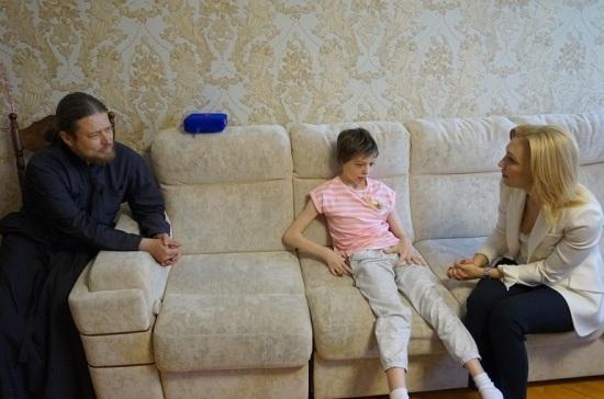 Большим семьям с детьми-инвалидами нужна дополнительная помощь, считает Тимофеева