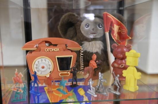 В Госдуме показали экспонаты Музея социалистического быта