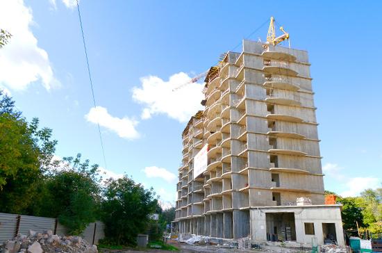 Николаев: столкнувшимся с трудностями застройщикам могут предоставить беспроцентные займы