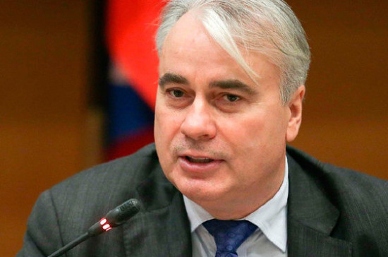 Завальный оценил предложение Чубайса по введению углеродного налога