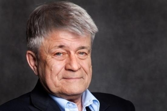 Умер почётный гражданин Петербурга Феликс Кармазинов