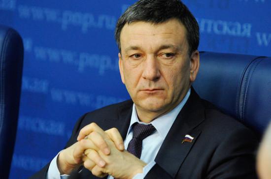 Афонский прокомментировал идею установить скоростной лимит на магистралях в 130 км/ч