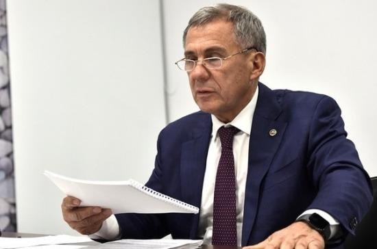 Минниханов ознакомился с работой Тюменского завода нефтепромыслового оборудования