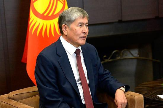 Число обвинений в адрес экс-президента Киргизии Атамбаева сократилось с 9 до 6