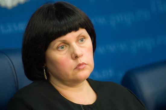 Афанасьева отметила необходимость сделать площадки во дворах доступными для детей-инвалидов