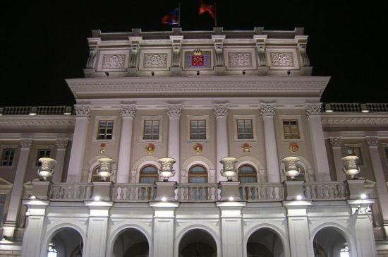 Петербургские депутаты уточнят права бизнесменов на выкуп помещений в объектах культурного наследия