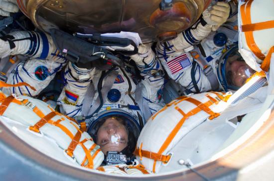 Экипаж «Союз МС-11» вернулся на Землю после семи месяцев на МКС