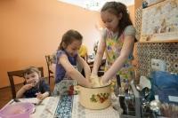 Какие выплаты положены семьям с детьми