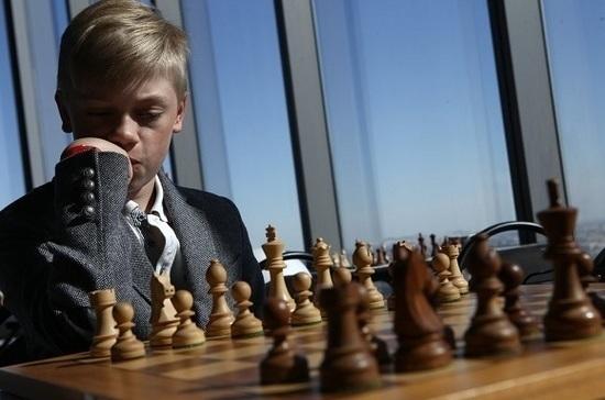 Минпросвещения разрешит играть на уроках в шахматы