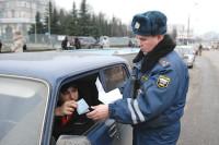 СМИ: автовладельцев хотят лишать водительских прав за грязные номера