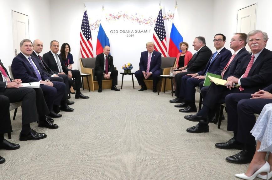 Президент США поручил чиновникам искать пути к взаимоприемлемым соглашениям с Россией