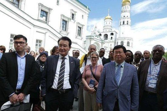 Иностранные законодатели поделились ожиданиями от форума «Развитие парламентаризма»