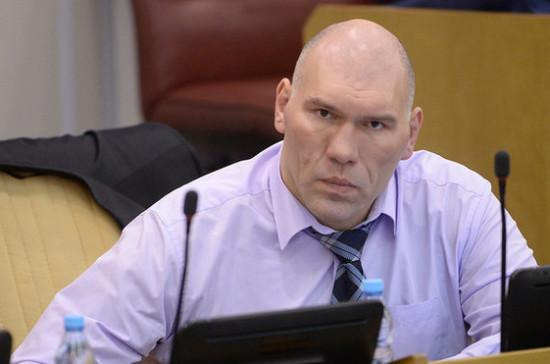Валуев пожалуется главе Минтранса на состояние трассы в Хабаровском крае