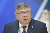 Рязанский рассказал, что мешает запретить рекламу лекарств на ТВ