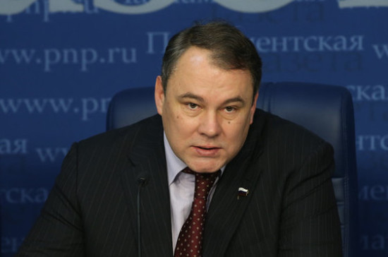 Толстой сравнил поведение руководства ПА ОБСЕ с действиями карточных шулеров