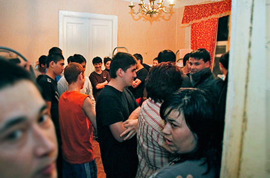 В МВД раскрыли общее число мигрантов в России
