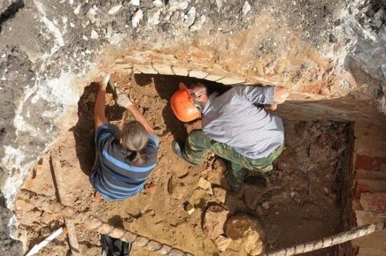 Археологи-волонтёры просят не брать с них деньги