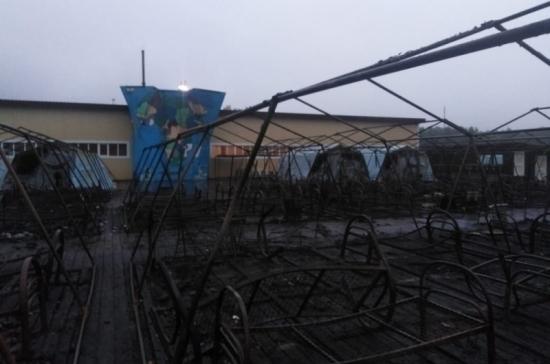 Суд арестовал директора лагеря «Холдоми», где при пожаре погибли дети