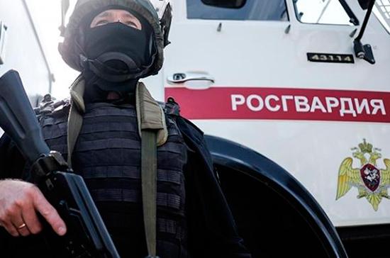 Двое военнослужащих Росгвардии пострадали на несанкционированной акции в Москве
