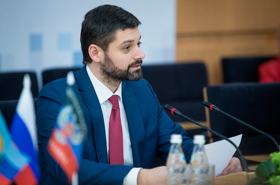 В Госдуме оценили планы Украины создать русскоязычный телеканал