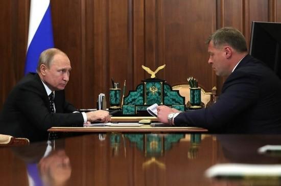 Путин поручил создать мобильные медпункты в Астраханской области