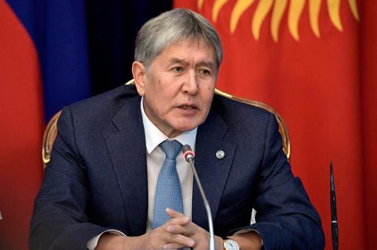 В Киргизии задержали экс-президента Атамбаева
