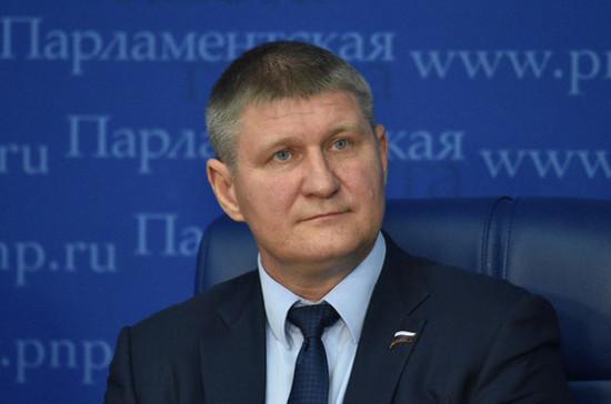 В Госдуме предложили закрыть химические заводы на севере Крыма