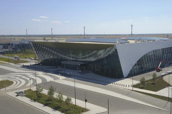 В новом аэропорту Саратова приземлился первый рейс