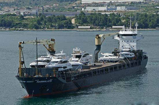 МИД РФ держит на особом контроле ситуацию с похищенными в Камеруне российскими моряками