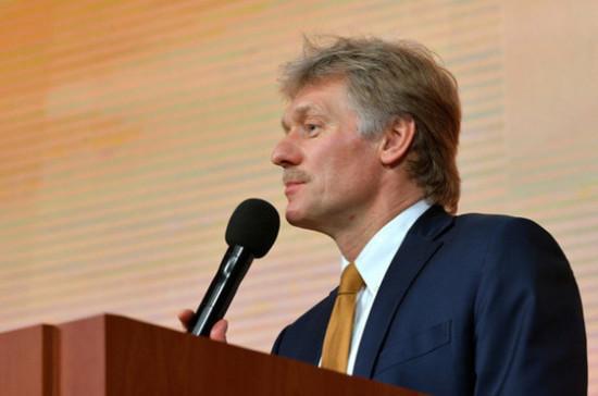 Путин и Макрон подробно обсудили российско-украинские отношения в ходе переговоров, сообщил Песков