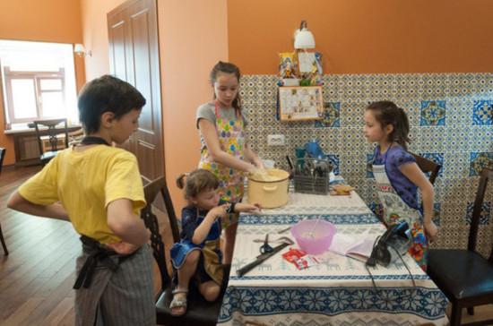 Зубарев: вопрос снижения НДФЛ для многодетных могут обсудить в Госдуме в ближайшее время