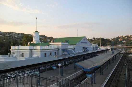 Дитрих оценил реконструкцию вокзала в Севастополе