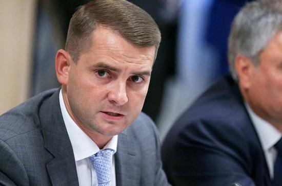 Этические рекомендации не могут быть основанием для увольнения учителей, заявил Ярослав Нилов