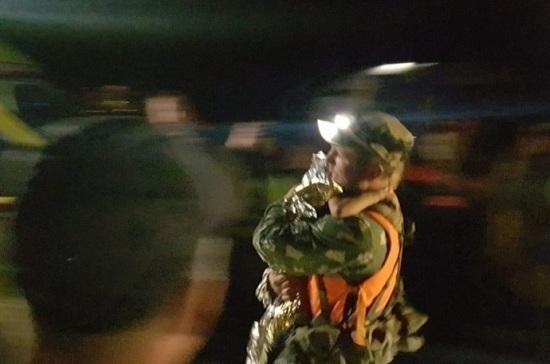 Спасённую в нижегородском лесу девочку выписали из больницы